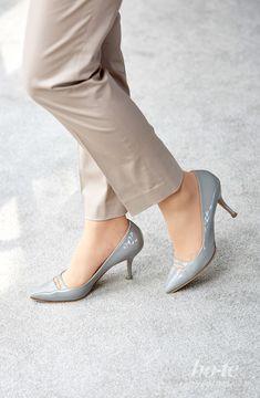 Closets, Kitten Heels, Girl Fashion, High Heels, Pumps, Woman, Stylish, Shoes, Dinghy