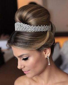 top+bun+wedding+hairstyles+-+large+bun+wedding+hairstyle
