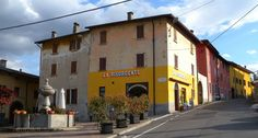 https://flic.kr/p/SEMajY | 2017 4 17 Alta Valle Intelvi, Bar Caffetteria Lanzo