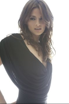 Stana Katic <--seriously <3