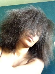 Sanaa Lathan Posts a Natural Hair Selfie! | Be yourself cause it's gorgeous. Love her!!