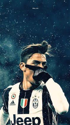 Paulo Dybala Photos - Paulo Dybala of Juventus FC celebrates after scoring the opening goal during the TIM Cup match between Juventus FC and AC Milan at Juventus Stadium on January 2017 in Turin, Italy. - Juventus FC v AC Milan - TIM Cup Juventus Fc, Juventus Stadium, Cristiano Ronaldo Juventus, Cr7 Messi, Lionel Messi, Soccer Stars, Football Soccer, American Football, Fc Southampton