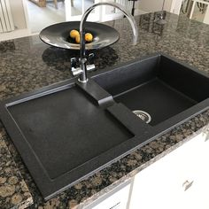 Special thanks to the lovely Annette for sending us this gorgeous photo of her Rangemaster Cubix black neo-rock granite sink in her kitchen 🙌🏻 We love seeing our products in your homes! Granite Kitchen Sinks, Sink In, Homes, Rock, Home Decor, Products, Houses, Decoration Home, Room Decor