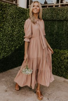 Fiora Ruffle Maxi The best shops to purchase classy and stylish modest fashion for women. Boho Outfits, Modest Outfits, Modest Fashion, Women's Fashion Dresses, Modest Dresses Casual, Feminine Fashion, Modest Maxi Dress, Casual Clothes, Womens Fashion Outfits