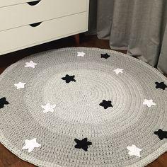 Carpet Runners For Hallways Ikea Shag Carpet, Beige Carpet, Diy Carpet, Wool Carpet, Green Carpet, Carpet Ideas, Crochet Carpet, Crochet Home, Crochet For Kids