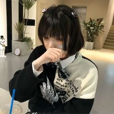 Ulzzang Girl, Ruffle Blouse, Women, Fashion, Moda, Women's, Fashion Styles, Woman, Fasion