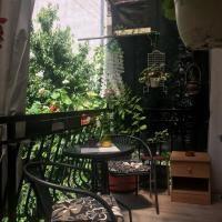 Booking.com: Hotely v destinácii: Ochrid. Rezervujte si hotel ešte dnes! Patio, Outdoor Decor, Home Decor, Decoration Home, Room Decor, Home Interior Design, Home Decoration, Terrace, Interior Design