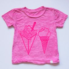 A purveyor of all things quintessentially girly, Atsuyo et Akiko is in the business of cute. Handmade and locally sourced, this Brooklyn based company has a fresh approach to children's fashion and accessories. The Favorite Tee features the image of everyone's favorite treats, perfect for the gourmand girly girl.