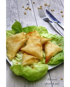 Discover recipes, home ideas, style inspiration and other ideas to try. Brunch, Balsamic Beef, Food Items, Fresh Rolls, Finger Foods, Food Inspiration, Crockpot Recipes, Entrees, Cabbage