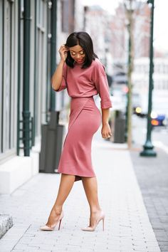 70 Casual Work Outfits für schwarze Frauen - Dresses for Women Casual Work Outfits, Business Casual Outfits, Office Outfits, Work Casual, Classy Outfits, Chic Outfits, Office Wear, Black Work Outfit, Casual Dresses