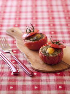 Oeuf cocotte en tomate, au pesto de menthe - Recettes de cuisine