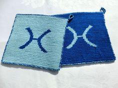Topflappen Tierkreiszeichen zwei Wunschfarben in Double-Face-Technik von Hand aus 100% Baumwolle gestrickt von unicata auf Etsy