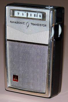 Vintage Panasonic 9-Transistor AM Radio, No Model Number, Matsushita Electric Industrial Co., Ltd., Made In Japan.