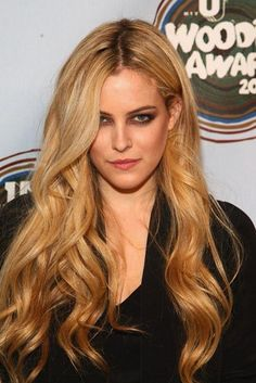 Life changes so quickly. feeling grateful to be around such wonderful people to strengthen and grow with. Riley Keough