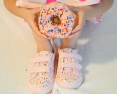 DIY Donut Shoes but like with chucks or some other cute shoes for not killing your feet at the reception Donut Shoes, Diy Donuts, Sprinkle Donut, Donut Party, Birthday Bash, First Day Of School, Cute Shoes, Sprinkles, Something To Do