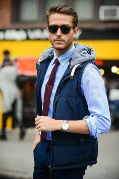 Fashion oversized black aviators for men men's glasses 2018 Men Sunglasses Fashion, Best Mens Sunglasses, Trending Sunglasses, Man Sunglasses, Adam Gallagher, Fashion Moda, Mens Fashion, Stylish Men, Men Casual