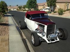 1932 Ford Roadster | 823267