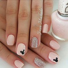 Make an original manicure for Valentine's Day - My Nails Minnie Mouse Nails, Mickey Mouse Nails, Disney Acrylic Nails, Best Acrylic Nails, Diy Nails, Cute Nails, Pretty Nails, Nail Manicure, Simple Disney Nails