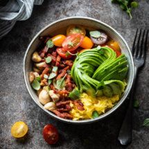 Low Carb Breakfast, Breakfast Bowls, Paleo Dinner, Scrambled Eggs, Lunches, Vegan Recipes, Good Food, Vegetarian, Whole30