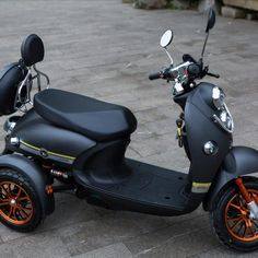 Trike Scooter, 3 Wheel Scooter, Trike Bicycle, Retro Scooter, Motor Scooters, Vespa Scooters, Mobility Scooters, Electric Trike, Harley Davidson Trike