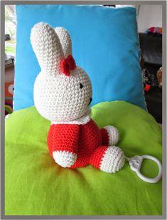 Crochet Baby Toys, Crochet For Kids, Crochet Children, Crochet Animals, Baby First Halloween, Crochet Patron, Crochet Elephant, Baby Art, Loom Knitting