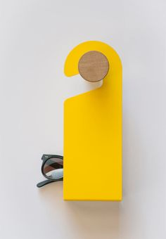 a hanger with a valet tray designed by Officina41 design studio