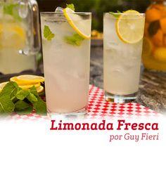 Essa Limonada Fresca feita pelo Chef Guy Fieri com limão-siciliano e hortelã fica uma delícia, veja como fazer!