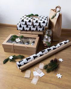 Ufff.... poslední dárky konečně zabalené. 💪🏻 Teď už to konečně můžu říct. 😁 Takové divné je ráno zabalit, aby je za pár hodin zase někdo… Gift Wrapping, Christmas, Gifts, Instagram, Gift Wrapping Paper, Xmas, Presents, Wrapping Gifts, Navidad
