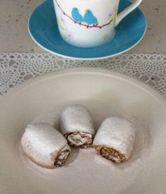 Hello Everybody! I have baked Turkish Cookie Apple Roll (It's Turkish name is an Elmali Pasta), it stuffed with cooked apple- walnut. In fact, it is so delicious and the apple cookie rolled …