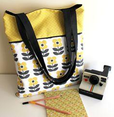 Sac Tote Bag doublé coton Grandes fleurs jaune/gris 1 : Sacs à main par cat-cousette