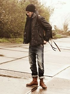 Go for a straightforward yet casual and cool choice in a dark brown field jacket and navy ripped jeans. For something more on the smart side to round off your look, complete your ensemble with a pair of brown leather casual boots. Sharp Dressed Man, Well Dressed Men, Fashion Moda, Mens Fashion, Urban Fashion, Rock Fashion, Unisex Fashion, Spring Fashion, Style Fashion