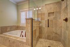 5 formas de aprovechar el espacio en baños pequeños