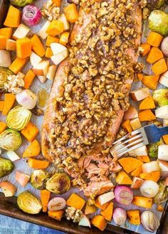 This Walnut Crusted Salmon Sheet Pan Dinner is going to be your next dinner home run. It's full of fall flavors and super easy for a busy weeknight -- it will be your new go-to dinner! In partnership w/ California Walnuts Easy Dinners For Two, Easy Dinner Recipes, Easy Meals, Dinner Ideas, Salmon Recipes, Seafood Recipes, Fish Recipes, Walnut Recipes, Crusted Salmon