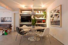 Open house - PedroThompson. Veja mais: https://casadevalentina.com.br/blog/detalhes/open-house--pedro-thompson-2817 #decor #decoracao #interior #design #casa #home #house #idea #ideia #detalhes #details #openhouse #style #estilo #casadevalentina #diningroom #saladejantar