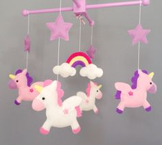 Unicorne mobile #FeltMobile Handmade Crafts, Diy And Crafts, Crafts For Kids, Baby Crafts, Felt Crafts, Diy Craft Projects, Sewing Projects, Deco Kids, Felt Wreath