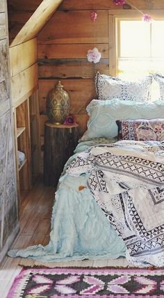 //Bohemian Beautiful bedding #boho #home #decors