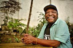 Um papo entre Martinho da Vila e Luiz Antonio Simas sobre festas populares e Rio de Janeiro.