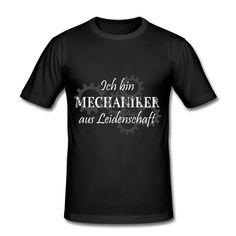 Ob nun mit Akkuschrauber, Schraubenschlüssel oder Schraubenzieher gearbeitet wird, hier gibt es das richtige Outfit für den Mechaniker dazu. Auch ideal als Geschenk zum Geburtstag oder einfach so. #schrauber #mechaniker #autoschrauber #mechanik #schrauberausleidenschaft #geschenkideen #myfunshirtandmore #tuning #autos #tuningideen T Shirt Designs, Slim Fit, Outfit, Mens Tops, Autos, Cool Shirts, Gifts For Birthday, Passion, Simple