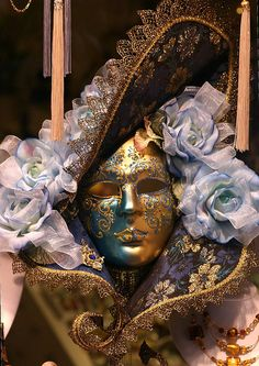 Carnivale mask, Venice by Alaskan Dude, via Flickr Venice Carnival Costumes, Venetian Carnival Masks, Carnival Of Venice, Venetian Masquerade, Masquerade Ball, Venitian Mask, Pierrot Clown, Costume Venitien, Venice Mask