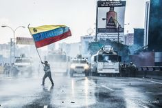 Guys... Theres still massive protests in Venezuela. It hasn't stopped.