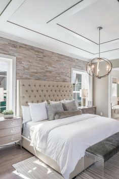 Gorgeous Master Bedroom Remodel Ideas - All About Decoration Master Bedroom Chandelier, Relaxing Master Bedroom, Coastal Master Bedroom, Master Bedroom Design, Trendy Bedroom, Home Decor Bedroom, Bedroom Ideas, Bedroom Chandeliers, Bedroom Ceiling