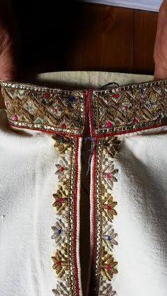 Traditional Romanian shirt detail. Men. Vrancea. Nelu Dumitrescu