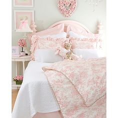 Glenna Jean Isabella Bedding Collection