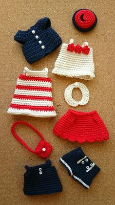 Crochet Doll Dress, Crochet Barbie Clothes, Baby Doll Clothes, Crochet Doll Pattern, Knitted Dolls, Crochet Patterns, Barbie Knitting Patterns, Doll Dress Patterns, Crochet Crafts