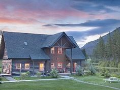 Luxury Log Cabin True Montana Experience! Romantic GetawayVacation Rental in Bigfork from @HomeAway! #vacation #rental #travel #homeaway