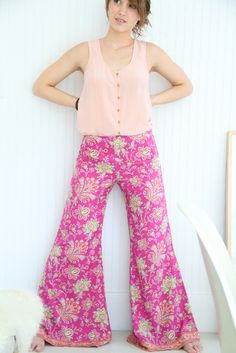 Love these pants, don't know the pattern or who designed them