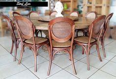 Stof Lar Decorações - Móveis em Madeira de Demolição : Mesa Redonda de Laminado Naval com Cadeiras Elysee...