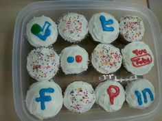 Food in the Office #socialmedia #cupcakes
