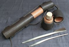 Reproduction penner by Karl Robinson, leatherworker. Probably for late mdieval, but still a nice idea.