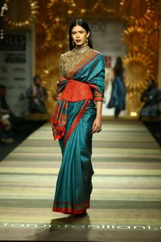 7 Stylish saree designs of Fall Winter 2014 Winter Mode Outfits, Winter Fashion Outfits, Party Fashion, India Fashion, Ethnic Fashion, African Fashion, Knitwear Fashion, African Style, Indian Style